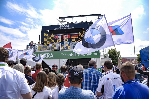 Atmosphere, BMW, winnig ceremony.