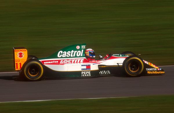 1993 European Grand Prix.Donington Park, England.9-11 April 1993.Alessandro Zanardi (Lotus 107B Ford) 8th position.Ref-93 EUR 38.World Copyright - LAT Photographic