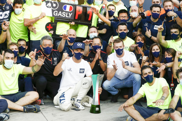 Masashi Yamamoto, General Manager, Honda Motorsport, Franz Tost, Team Principal, AlphaTauri, Toyoharu Tanabe, F1 Technical Director, Honda, Daniil Kvyat, AlphaTauri, Pierre Gasly, AlphaTauri, 1st position, and the AlphaTauri team celebrate victory after the race