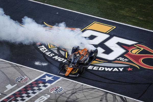 Winner #5: Pato O'Ward, Arrow McLaren SP Chevrolet, burnout