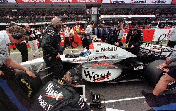 1997 Australian Grand Prix.Albert Park, Melbourne, Australia.7-9 March 1997.Mika Hakkinen (McLaren MP4/12 Mercedes-Benz) 3rd position.World Copyright - LAT Photographic