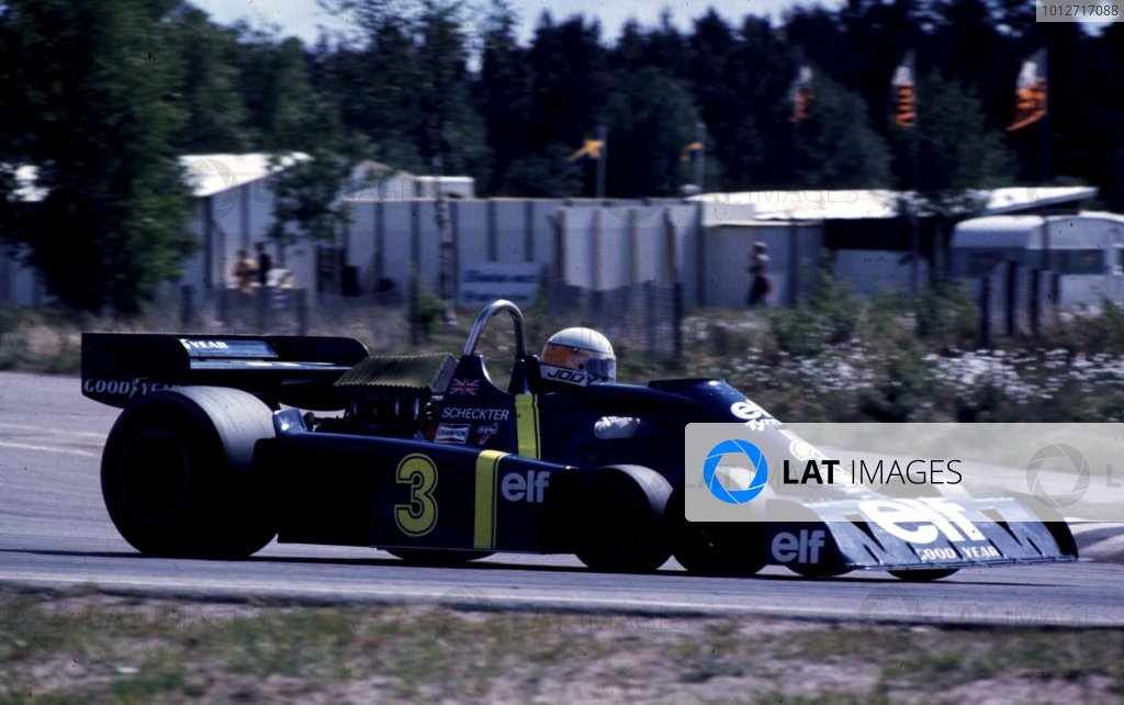 1976 Swedish Grand Prix.Anderstorp, Sweden.11-13 June 1976.Jody Scheckter (Tyrrell P34 Ford) 1st position. The cars only Grand Prix win.World Copyright - LAT Photographic