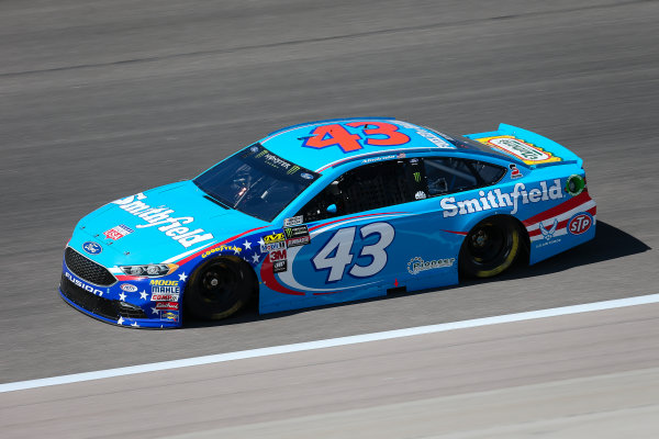 Monster Energy NASCAR Cup Series Go Bowling 400 Kansas Speedway, Kansas City, KS USA Friday 12 May 2017 Aric Almirola, Richard Petty Motorsports, Smithfield Ford Fusion World Copyright: Barry Cantrell LAT Images ref: Digital Image 17KAN1bc1174