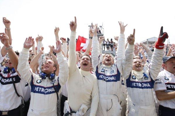 Circuit Gilles Villeneuve, Montreal, Canada8th June 2008.The BMW Sauber team celebrate their first F1 win. Podium.World Copyright: Glenn Dunbar/LAT Photographic.ref: Digital Image _O9T2756