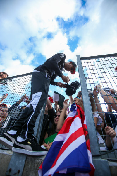 Hungaroring, Budapest, Hungary.  Thursday 27 July 2017. Lewis Hamilton, Mercedes AMG, signs autographs for fans. World Copyright: Coates/LAT Images  ref: Digital Image AN7T5762