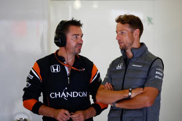 Silverstone, Northamptonshire, UK.  Sunday 16 July 2017. Jenson Button, McLaren. World Copyright: Andrew Hone/LAT Images  ref: Digital Image _ONY7611