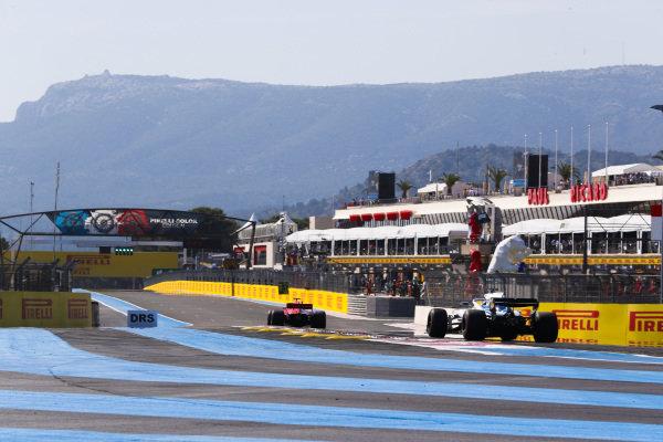 Sebastian Vettel, Ferrari SF71H, leads Lance Stroll, Williams FW41 Mercedes.