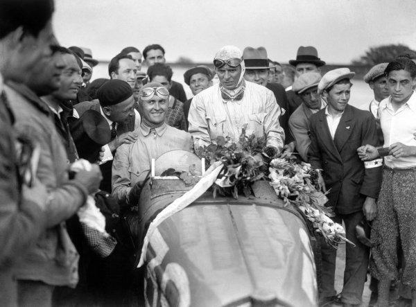 1931 French Grand Prix.Montlhery, France. 21 June 1931.Louis Chiron (left)/Achille Varzi, Bugatti T51, 1st position, portrait, podium.World Copyright: LAT PhotographicRef: B6566