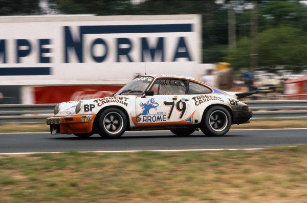 Le Mans, France. 11th - 12th June 1977.Jean-Louis Ravenel/Jacky Ravenel/Jean-Marie Detrin (Porsche Carrera RS), 14th position, action. World Copyright: LAT PhotographicRef: 77LM23.