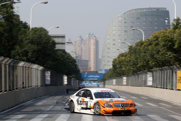 Gary Paffett (GBR), Salzgitter AMG Mercedes.DTM, Rd11, Shanghai, China, 26-28 November 2010.World Copyright: LAT Photographicref: dne1027no125