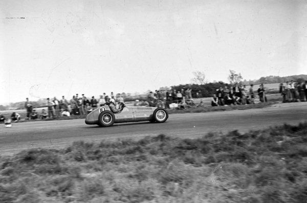 Reg Parnell, Maserati 4CLT.