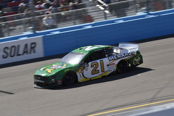 #21: Paul Menard, Wood Brothers Racing, Ford Mustang Menards / Quaker State
