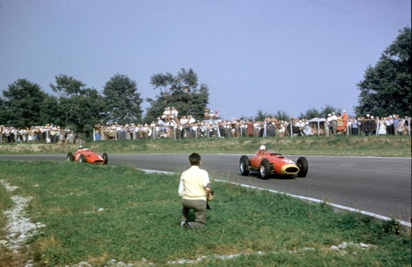 1957 Italian Grand Prix.Monza, Italy.6-8 September 1957.Wolfgang von Trips (Lancia-Ferrari D50 801) leads Georgio Scarlatti (Maserati 250F). They finished in 3rd and 5th positions respectively.Ref-57 ITA 20.World Copyright - LAT Photographic