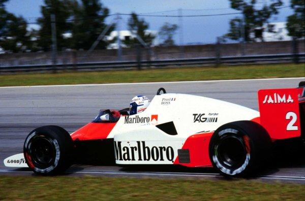 1985 Brazilian Grand Prix.Jacarepagua, Rio de Janeiro, Brazil.5-7 April 1985.Alain Prost (McLaren MP4/2B TAG Porsche) 1st position.World Copyright - LAT Photographic