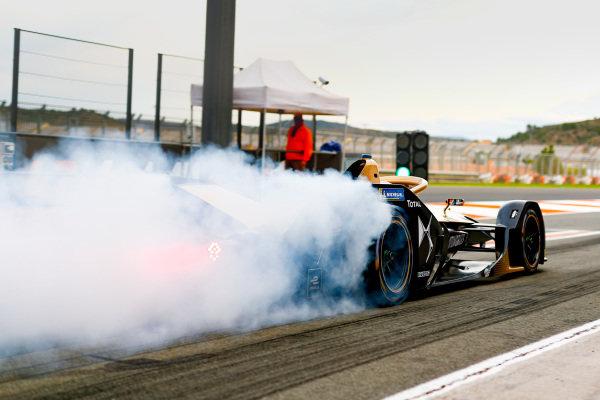 Jean-Eric Vergne (FRA), DS Techeetah, DS E-Tense FE20, burn out in the pit lane