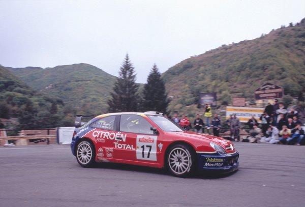 2003 World Rally ChampionshipRally of San Remo, Italy. 2nd - 5th October 2003.Colin McRae / Derek Ringer, Citroen Xsara. Hairpin, Handbrake, From Inside. Action.World Copyright: McKLEIN/LATref: 35mm Image WRCSANREMO04 jpg