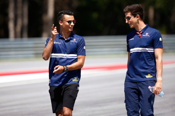 Red Bull Ring, Spielberg, Austria. Thursday 06 July 2017. Pascal Wehrlein, Sauber, conducts a track walk with a colleague. World Copyright: Andy Hone/LAT Images ref: Digital Image _ONY9483