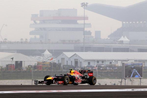 Mark Webber (AUS) Red Bull Racing RB8. Formula One World Championship, Rd17, Indian Grand Prix, Buddh International Circuit, Greater Noida, New Delhi, India, Race, Sunday 28 October 2012.