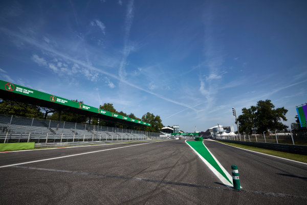 Autodromo Nazionale di Monza, Italy  Thursday 1 September 2016. The pit lane entry and pit straight at Monza. World Copyright: Steve Etherington/LAT Photographic ref: Digital Image SNE15014