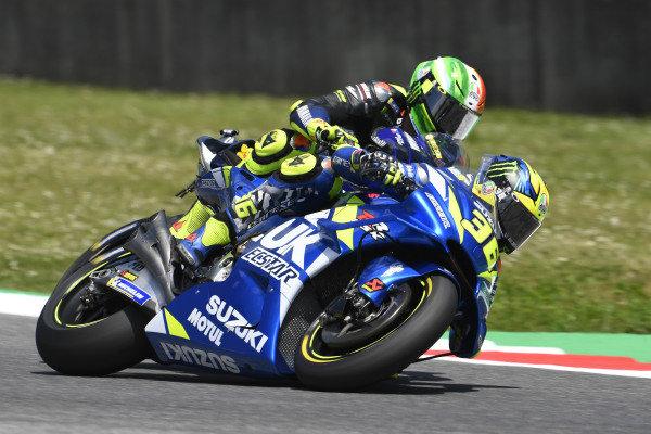 Valentino Rossi, Yamaha Factory Racing, Joan Mir, Team Suzuki MotoGP, touching.