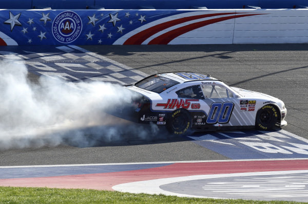 #00: Cole Custer, Stewart-Haas Racing, Ford Mustang Thompson Pipe/Haas CNC