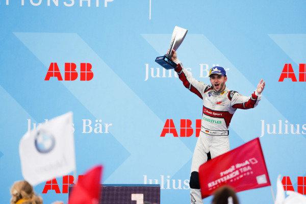 Daniel Abt (DEU), Audi Sport ABT Schaeffler, 3rd position, celebrates on the podium