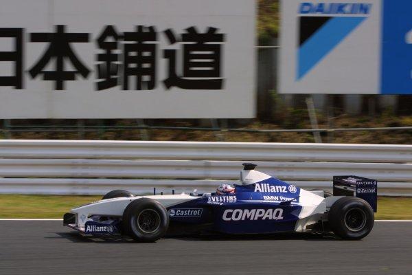 2001 Japanese Grand Prix - Friday / PracticeSuzuka, Japan. 20th October 2001.Juan Pablo Montoya (Williams BMW).World Copyright - LAT Photographicref: 8 9 MB Digital