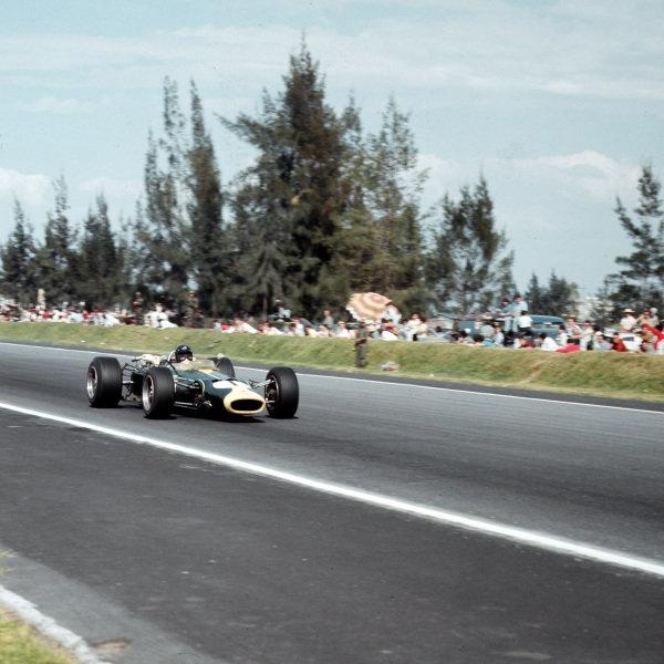 Mexico City, Mexico.21-23 October 1966.Jim Clark (Lotus 43 BRM).Ref-3/2383.World Copyright - LAT Photographic