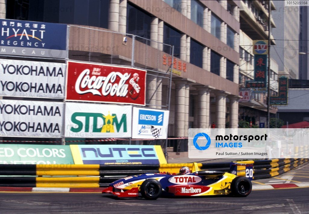 Jenson Button (GBR) Promatecme finished in 2nd place overall.