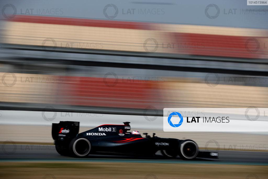 Circuit de Catalunya, Barcelona, Spain Monday 22 February 2016. Jenson Button, McLaren MP4-31 Honda. World Copyright: Glenn Dunbar/LAT Photographic ref: Digital Image _89P4319