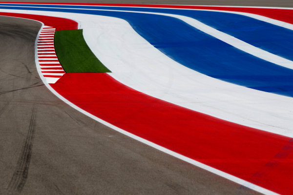 Circuit of the Americas, Austin, Texas, United States of America. Thursday 14th November 2013. Painted strips on the run-off area of the track World Copyright: Andy Hone/LAT Photographic. ref: Digital Image _ONY2938