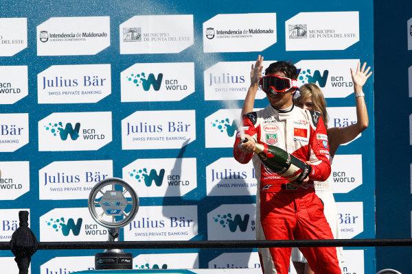 2014 Formula E  Punta Del Este e-Prix, Uruguay Saturday 13 December 2014. Nelson Piquet Jr (BRA)/China Racing - Spark-Renault SRT_01E  Photo: Sam Bloxham/LAT/Formula E ref: Digital Image _G7C6213
