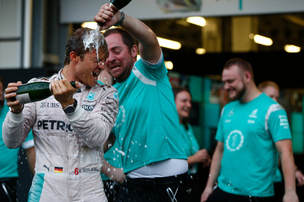 Baku City Circuit, Baku, Azerbaijan. Sunday 19 June 2016. Nico Rosberg, Mercedes AMG celebrates with his team after winning the race. World Copyright: Andrew Hone/LAT Photographic ref: Digital Image _ONY1924