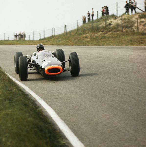 Zandvoort, Holland.22-24 May 1964.Graham Hill (BRM P261) 4th position.Ref-3/1240.World Copyright - LAT Photographic