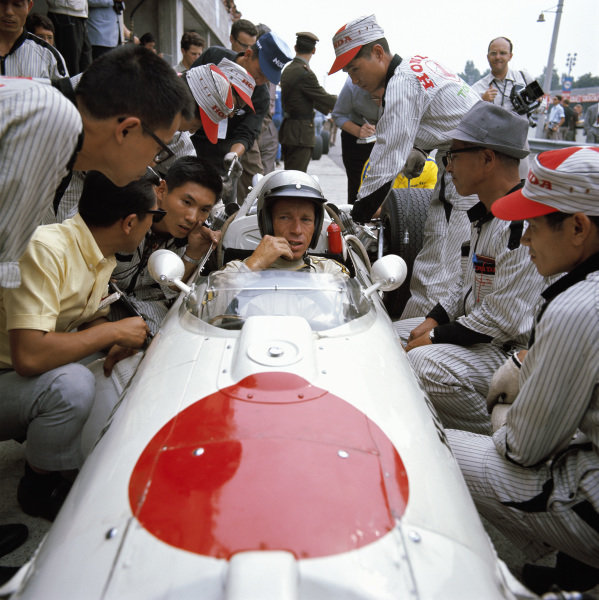 Richie Ginther, Honda RA273.