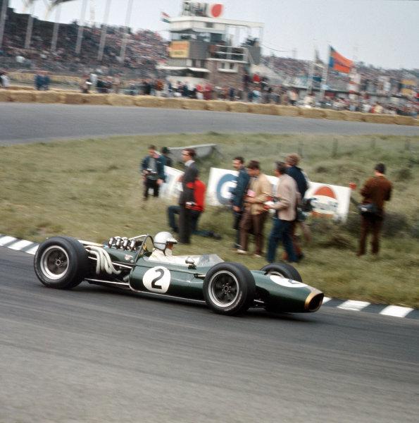 Zandvoort, Holland.2-4 June 1967.Denny Hulme (Brabham BT20 Repco) 3rd position.Ref-3/2885.World Copyright - LAT Photographic