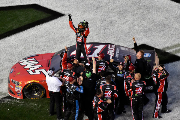 2017 Monster Energy NASCAR Cup Series - Daytona 500 Daytona International Speedway, Daytona Beach, FL USA Sunday 26 February 2017 Kurt Busch celebrates his win World Copyright: Nigel Kinrade/LAT Images  ref: Digital Image _DSC7952