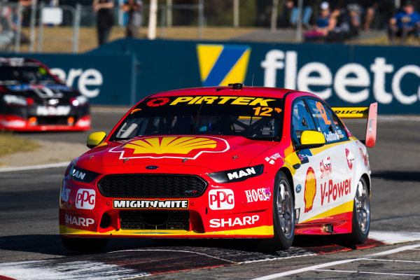 2017 Supercars Championship Round 4.  Perth SuperSprint, Barbagallo Raceway, Western Australia, Australia. Friday May 5th to Sunday May 7th 2017. Fabian Coulthard drives the #12 Shell V-Power Racing Team Ford Falcon FGX. World Copyright: Daniel Kalisz/LAT Images Ref: Digital Image 050517_VASCR4_DKIMG_1166.JPG