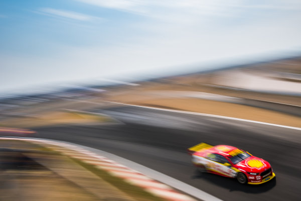 2017 Supercars Championship Round 2.  Tasmania SuperSprint, Simmons Plains Raceway, Tasmania, Australia. Friday April 7th to Sunday April 9th 2017. Fabian Coulthard drives the #12 Shell V-Power Racing Team Ford Falcon FGX. World Copyright: Daniel Kalisz/LAT Images Ref: Digital Image 070417_VASCR2_DKIMG_0493.JPG