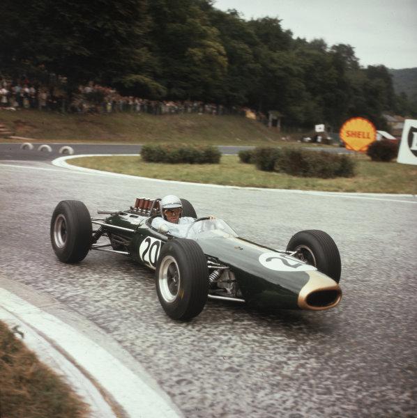 Rouen-les-Essarts, France.26-28 June 1964.Jack Brabham (Brabham BT7 Climax) 3rd position.Ref-3/1285.World Copyright - LAT Photographic