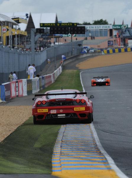 Circuit de La Sarthe, Le Mans, France. 6th - 13th June 2010.Giancarlo Fisichella / Jean Alesi / Toni Vilander, AF Corse SRL, No 95 Ferrari 430 GT. Action. World Copyright: Jeff Bloxham/LAT PhotographicDigital Image DSC_6687 JPG