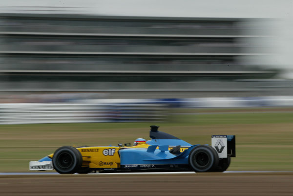 2003 British Grand Prix - Friday 1st Qualifying,Silverstone, Britain. 18th July 2003 Fernando Alonso, Renault R23, action.World Copyright: Steve Etherington/LAT Photographic ref: Digital Image Only