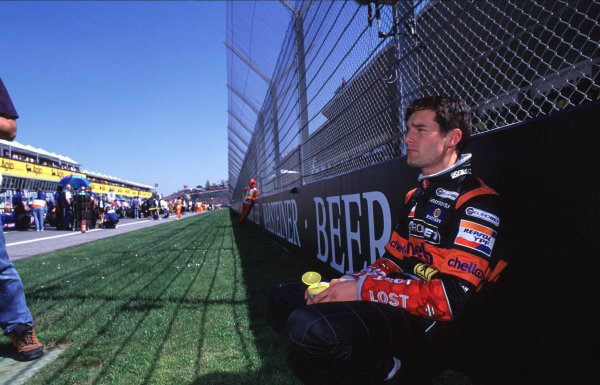 International F3000 Championship, Rd 1 Imola, Italy, 7th - 8th April 2000 Mark Webber, European Arrows Team. Relaxes before the start of the race. Portrait World - LAT Photographic
