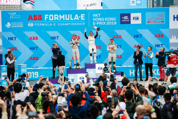 Race winner Sam Bird (GBR), Envision Virgin Racing with Edoardo Mortara (CHE) Venturi Formula E, 2nd position, and Lucas Di Grassi (BRA), Audi Sport ABT Schaeffler, 3rd position on the podium
