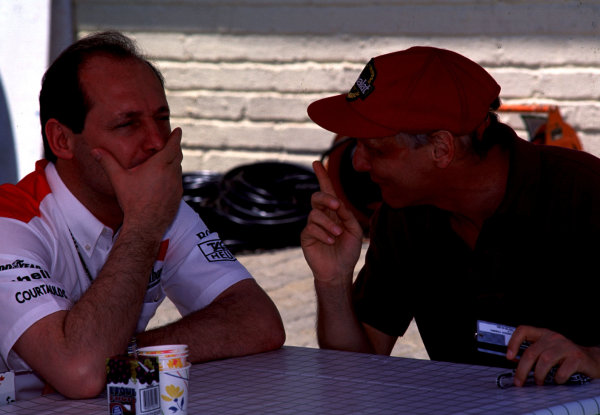 1993 South African Grand Prix.Kyalami, South Africa.12-14 March 1993.Ron Dennis (McLaren Ford) with his former driver Niki Lauda.World Copyright - LAT Photographic