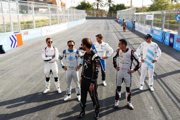 Jean-Eric Vergne (FRA), DS TECHEETAH, Felipe Massa (BRA), Venturi Formula E, Sébastien Buemi (CHE), Nissan e.Dams, Antonio Felix da Costa (PRT), BMW I Andretti Motorsports, and Stoffel Vandoorne (BEL), HWA Racelab, pose for a photo on the grid
