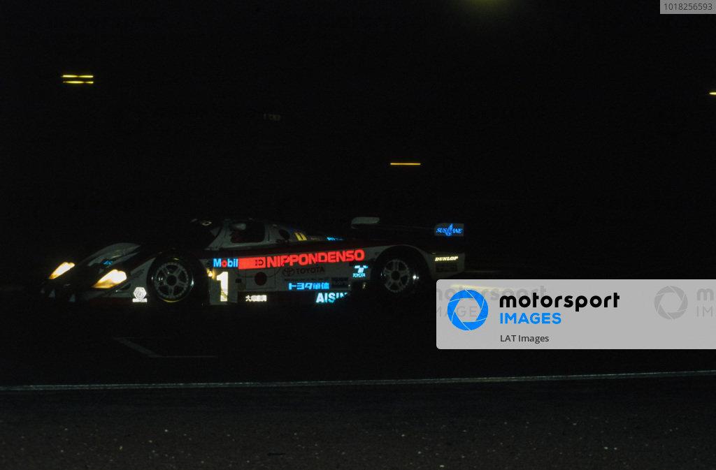 Eddie Irvine / Mauro Martini / Jeff Krosnoff, SARD Company Ltd, Toyota 94C-V LM.