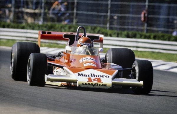 Bruno Giacomelli, McLaren M23 Ford.