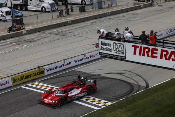 #31: Whelen Engineering Racing Cadillac DPi, DPi: Felipe Nasr, Pipo Derani, winner