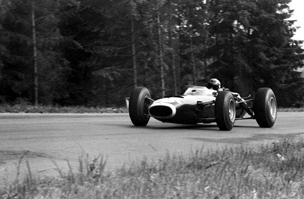 1966 Belgian Grand Prix.Spa-Francorchamps, Belgium.10-12 June 1966.Jackie Stewart (BRM P261).Ref-347B/15.World Copyright - LAT Photographic